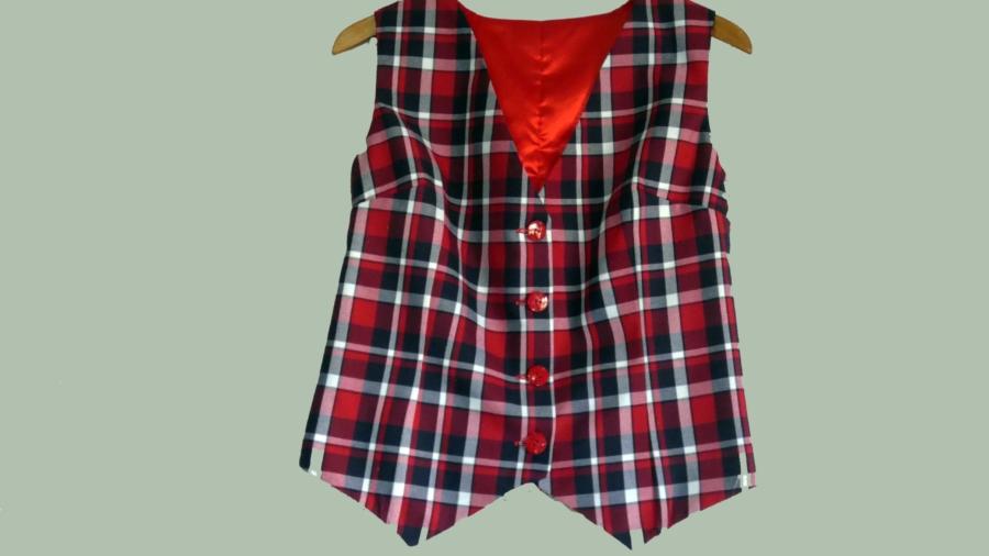 chalecos-hombre-ecustre-moda-costura-mujer (5)
