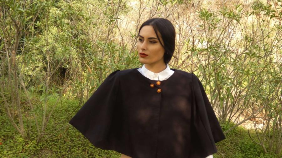vestuario-capas-color negro-exclusivo-invierno-costura-ecuestre (3)