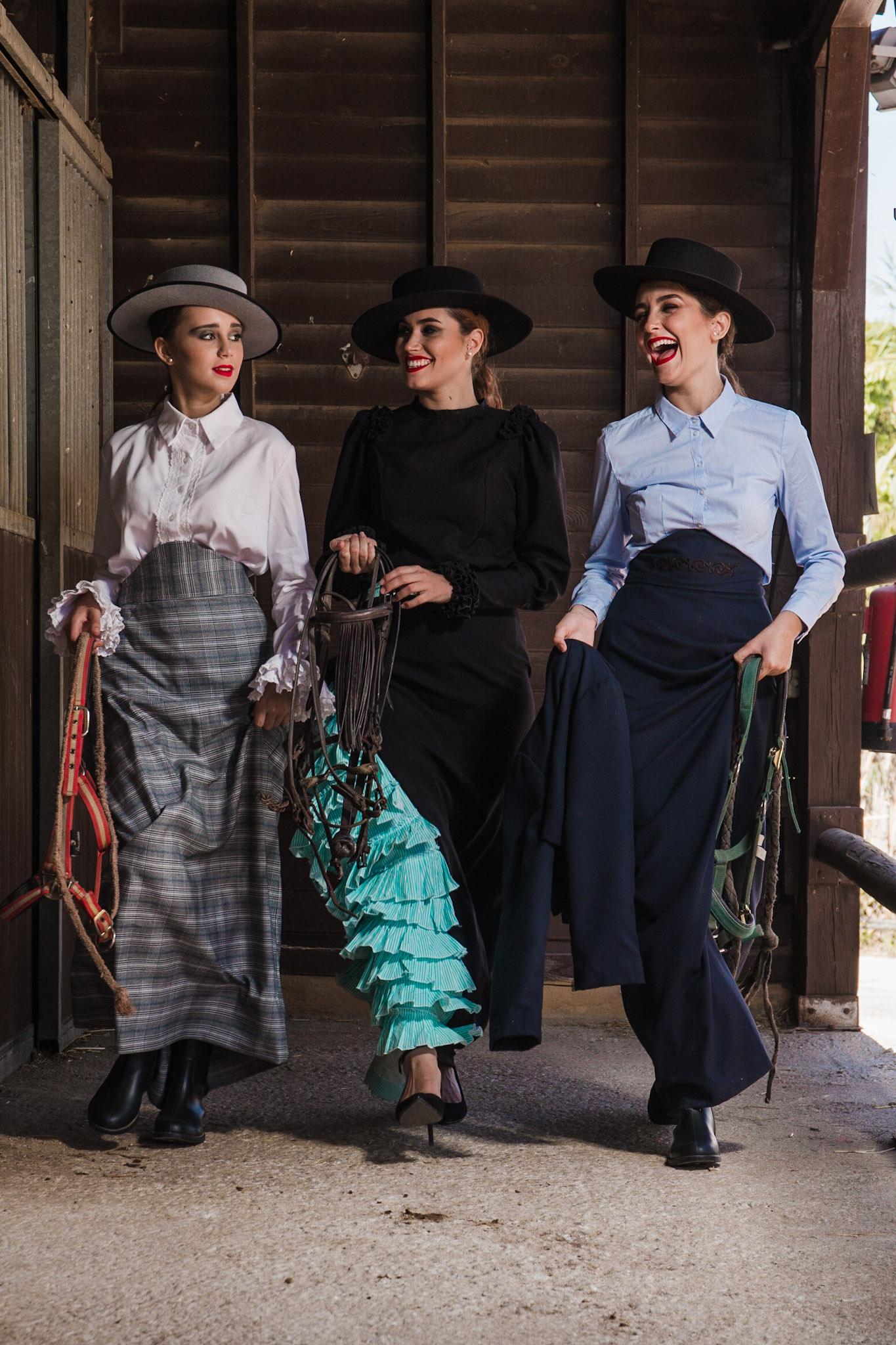 vestuario- amazonas- ecuestre- trajes de flamenca- montar a acaballo (55)